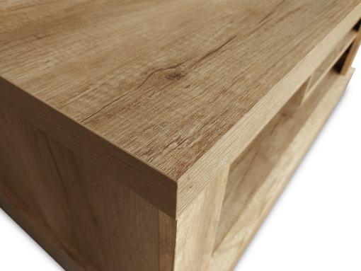 Superficie del tope con detalles de acabado efecto madera. Mesa de centro con revistero - Alabama