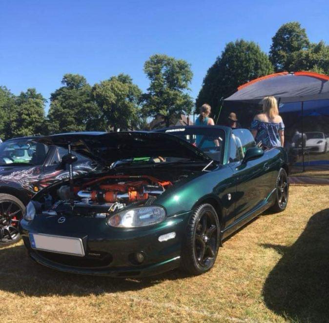 Custom Mazda MX5