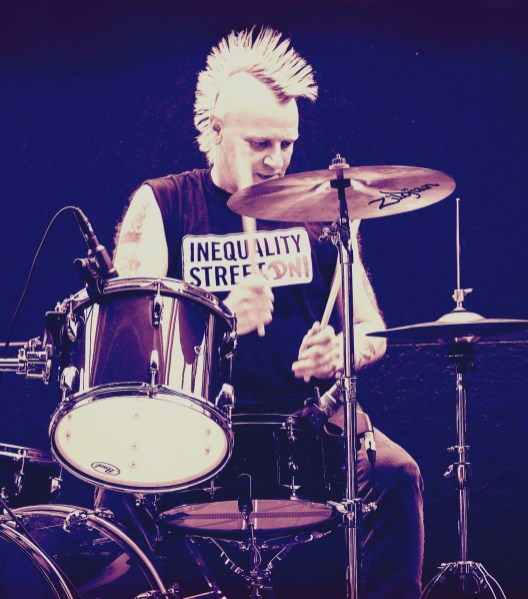Pete drums