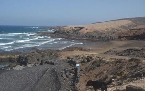 Playa de los Tres peos / Los cuervitos,Canarias