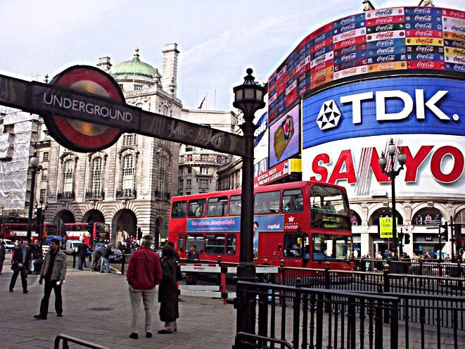 piccadilly-circus-londres