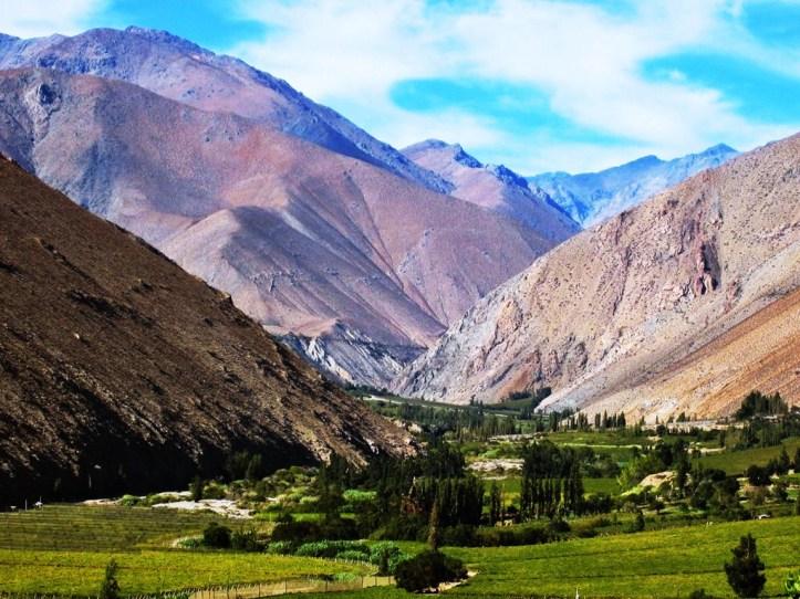 Destinos-veraniegos-misticismo-y-carrete-en-el-valle-del-Elqui-siempre-lindas