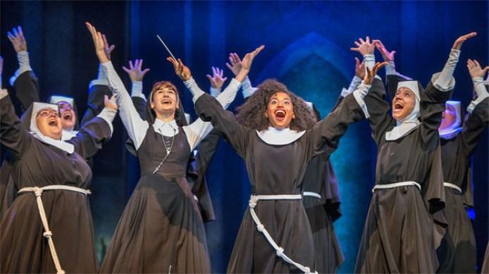las-actrices-sister-act-plena-actuacion-1424716032984