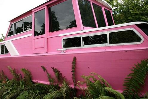 2008-bloom-pink-boat-peter