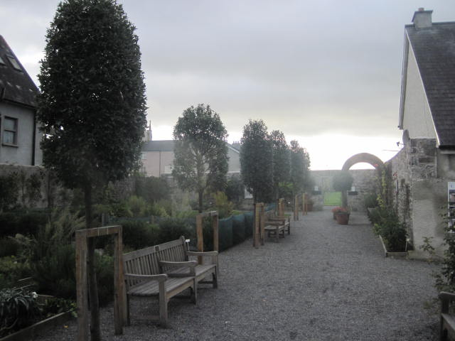 Rothe house and gardens kilkenny peter donegan for Garden design kilkenny