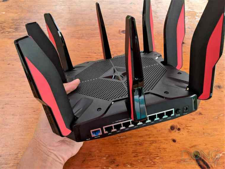 TP-Link Archer C5400X Gaming Router Review - Dong Knows Tech