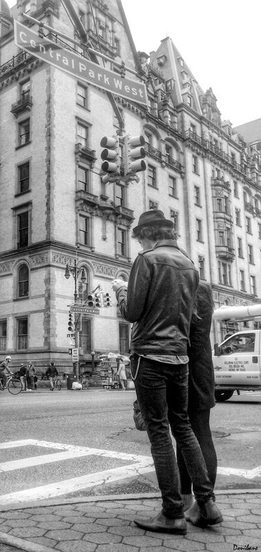 The New York couple by Donibane