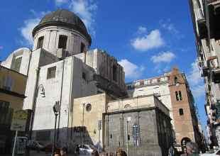 Thumbnail for the post titled: Tutto sulla chiesa della Pietrasanta, Napoli. (Storia, info, mostre 2019, indirizzo)
