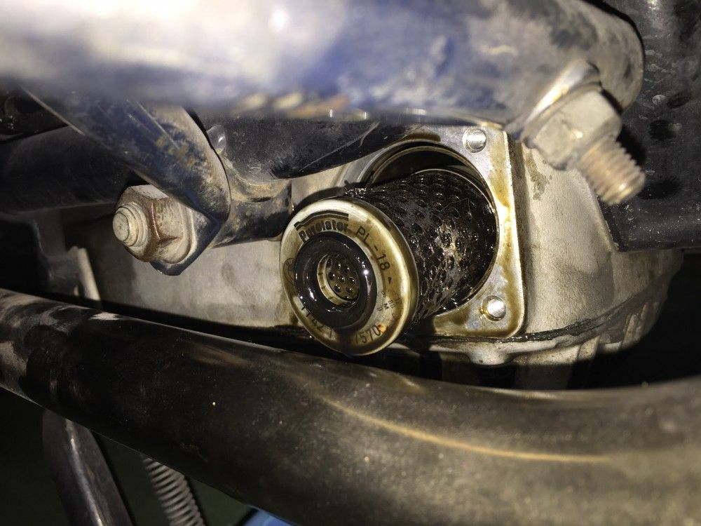 Cambiar filtro aceite moto