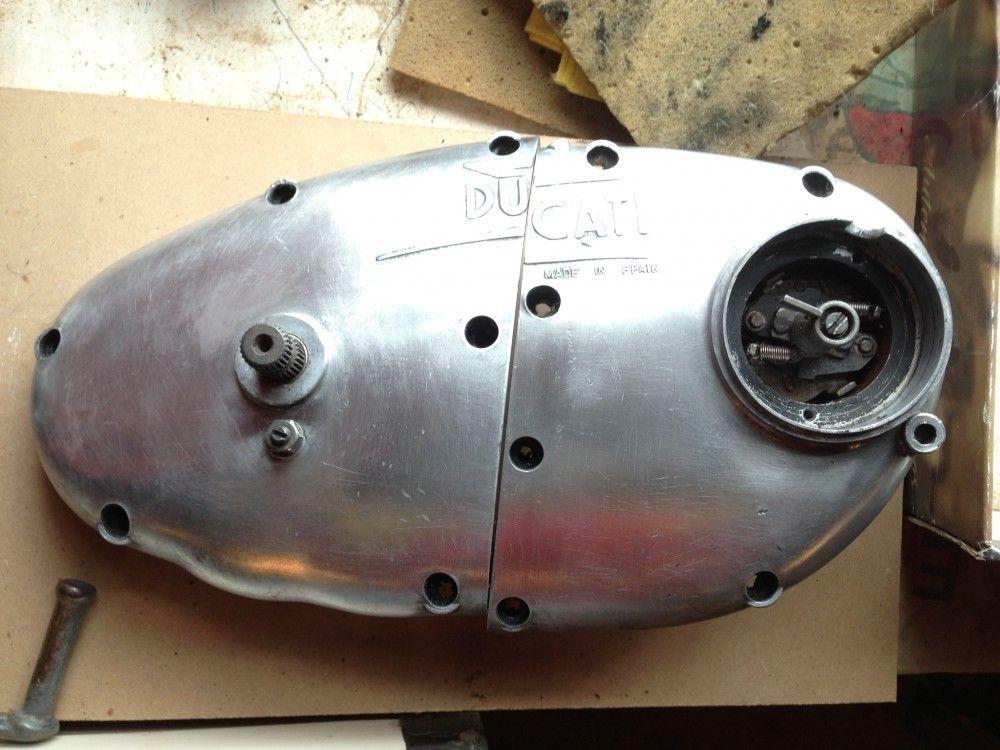 Pulir moto Ducati Forza