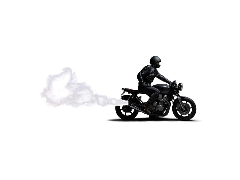 Humo blanco moto