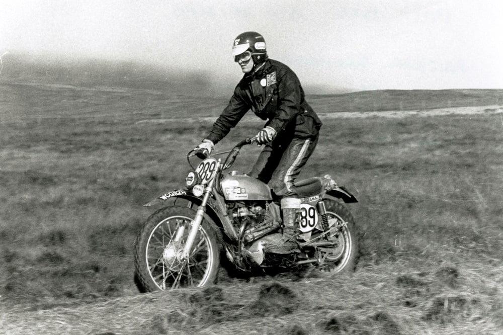 moto scrambler de 125 cc