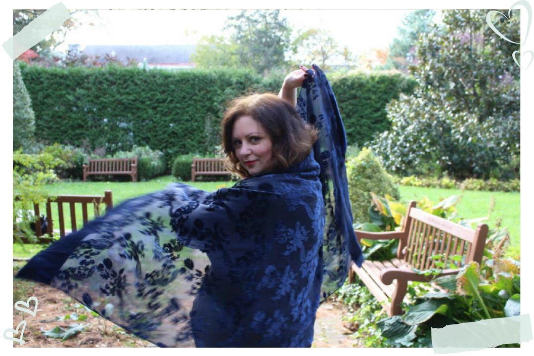 Donna DeRosa scarf twirl