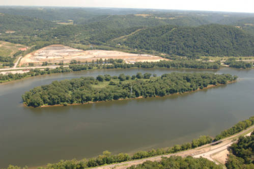 Aerial view of island at Ohio River Islands National Wildlife Refuge. USFWS/public domain.