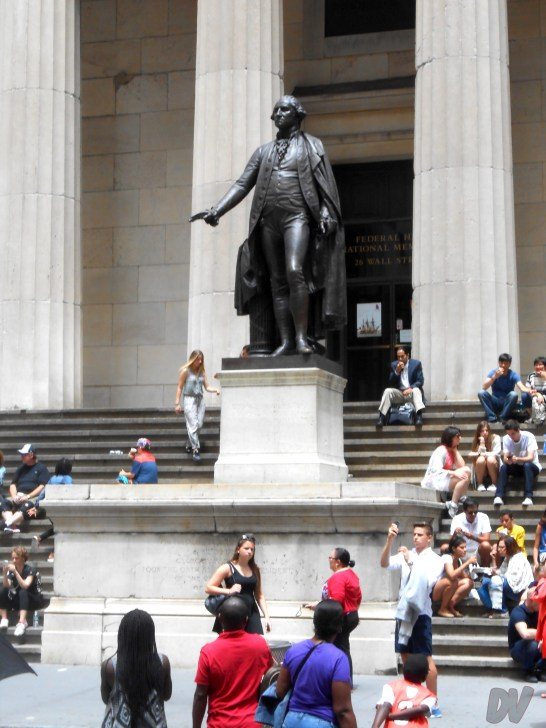 Federal Hall con la statua di George Washington