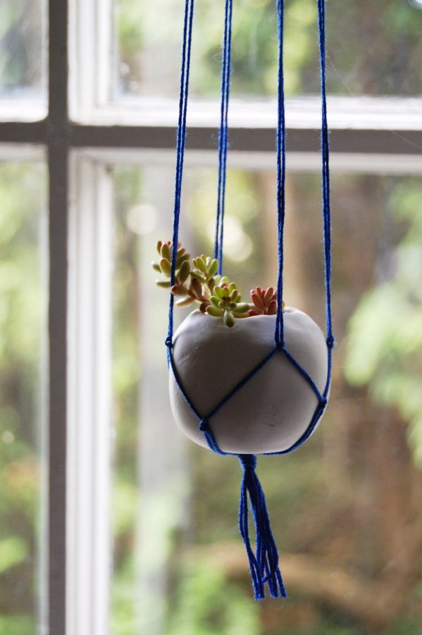 36+ DIY Plant Stand Ideas for Indoor and Outdoor Decoration on Hanging Plant Stand Ideas  id=91494