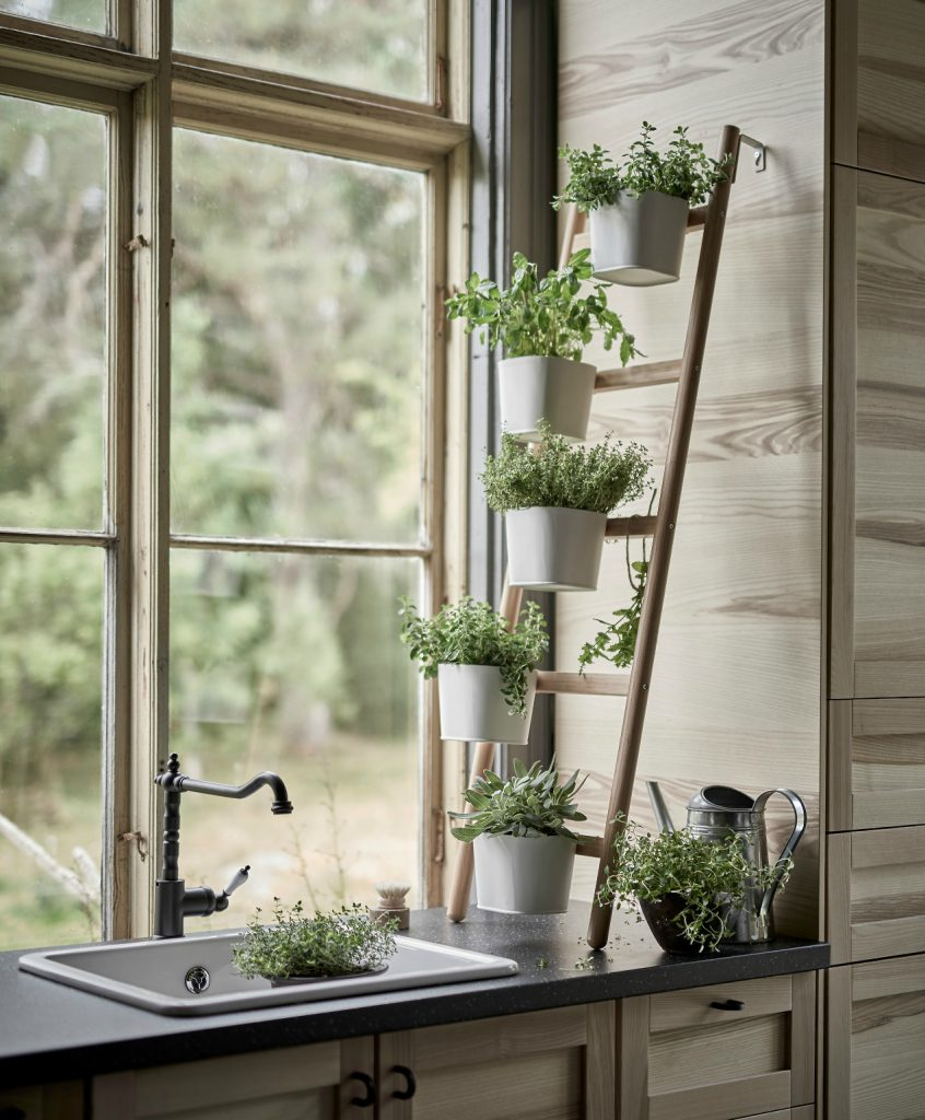 36+ DIY Plant Stand Ideas for Indoor and Outdoor Decoration on Plant Stand Ideas  id=64760