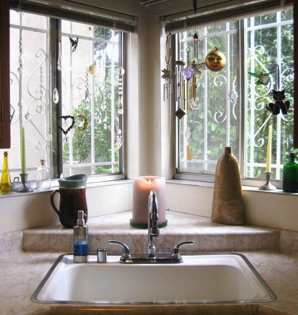 Corner Kitchen Sink: 7 Design Ideas for Your Perfect Kitchen on Kitchen Sink Ideas  id=50777