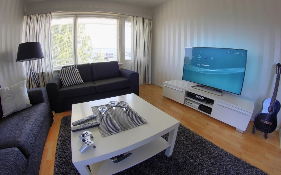 Bigger is not always better when it comes to shopping for flat screens or buying a refurbished tv. 50+ Best Setup of Video Game Room Ideas A Gamer's Guide