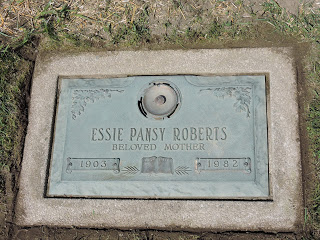 Random Acts of Cemetery Kindness – Essie Pansy Barnes Roberts