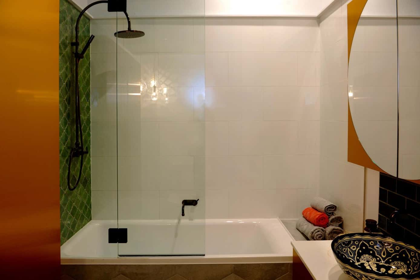 No Bathroom Windows? No Problem, with This Great Solution