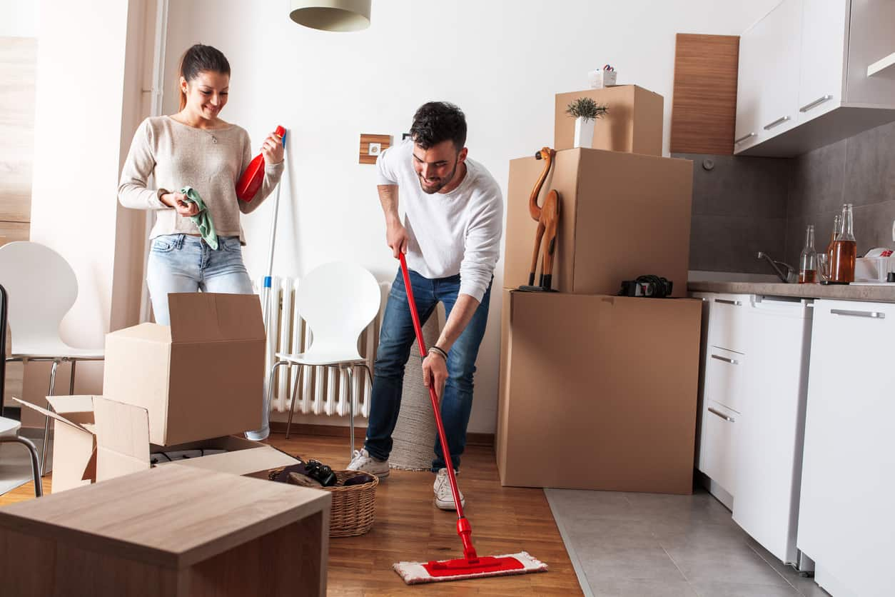 Essential Cleaning Tips When Moving Out
