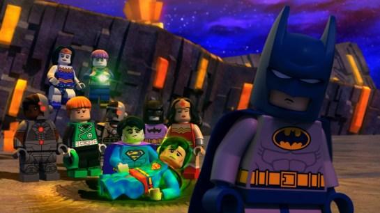 LEGO Justice League vs Bizarro League 03