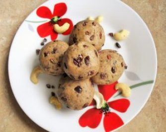 High protein low carb omega cookie dough balls Desserts energy balls Grainfree Lunch Popular snack vegan