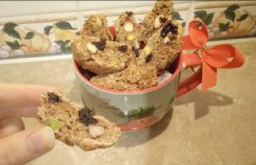Christmas spiced fruit & nut biscotti Desserts Lunch snack