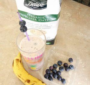 Healthy blueberry pie smoothie Breakfast Grainfree snack vegan