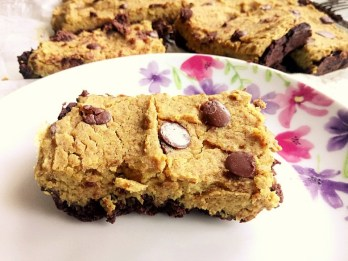 Hidden fruit & veg brookie dough (brownie cookie dough) Desserts Grainfree snack vegan
