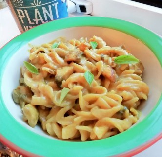 Vegan creamy curry mushroom pasta Dinner Grainfree Lunch vegan