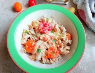 Quick & easy tomato hummus pasta Dinner Lunch vegan