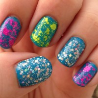 Electrifying Summer Nails