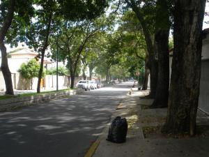 mugging in Caracas Altamira