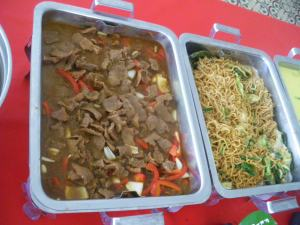 Beef casserole and beansprouts