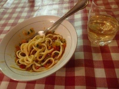 Lagman and white wine