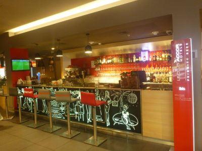 The bar at Ibis