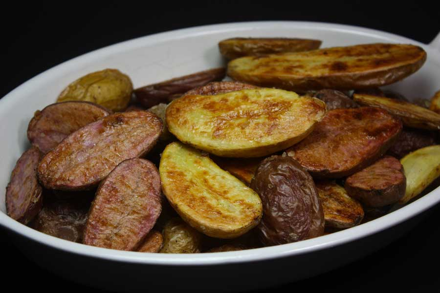 Roasted Fingerling Potatoes - Crispy, flavorful side dish for any meal!