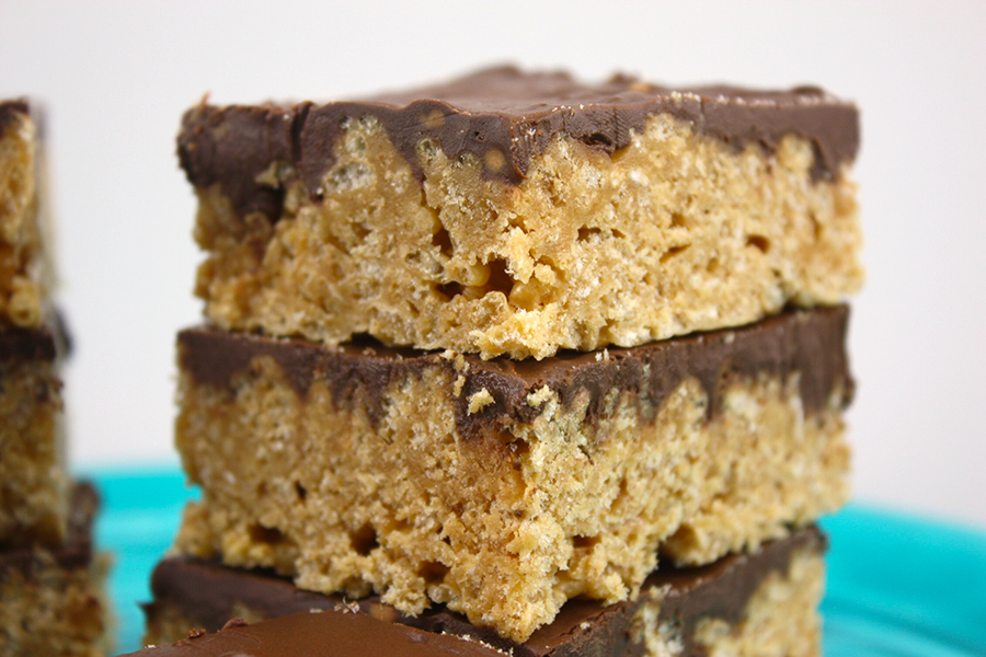 Scotcharoos - Peanut butter rice krispie treats with butterscotch and chocolate topping. Ridiculously easy to make!