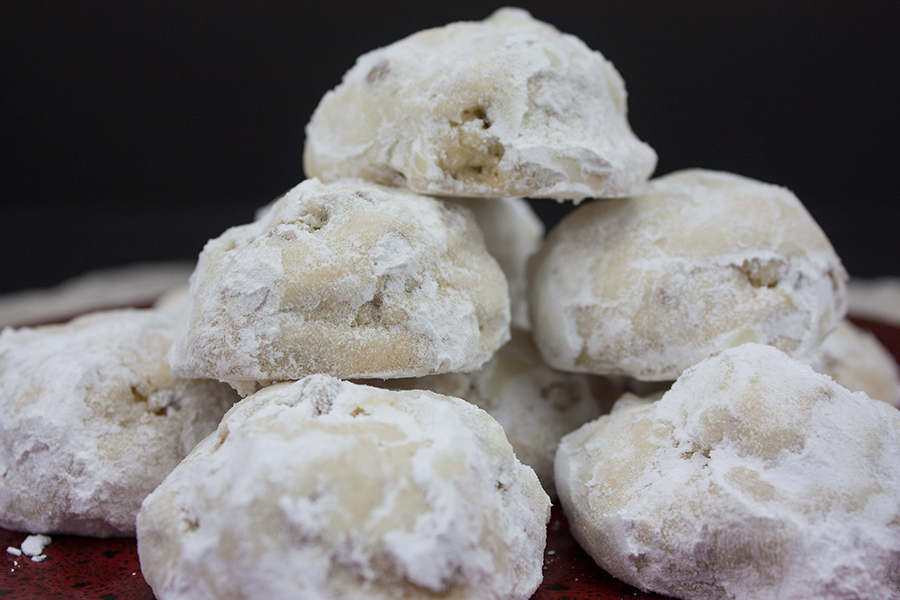 Italian Butterball Cookies - Soft, buttery, melt in your mouth deliciousness.