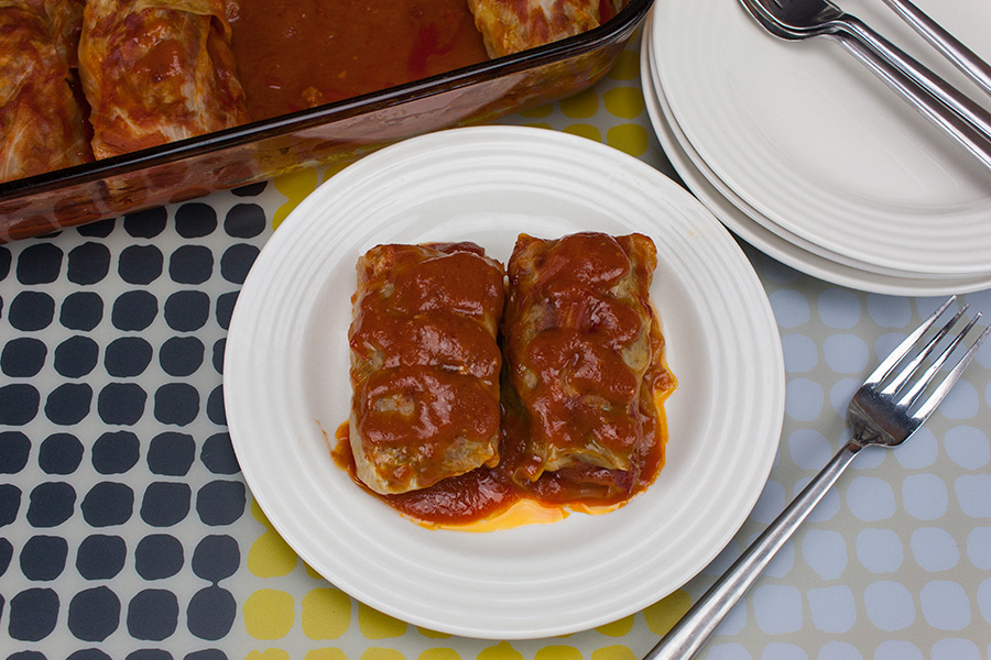 Easy Stuffed Cabbage Rolls - Even if you don't like cabbage you will LOVE these stuffed rolls!