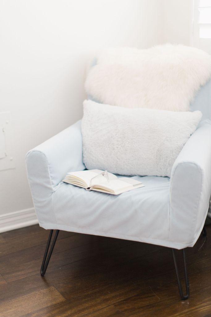My Reading Nook + My January Reading List