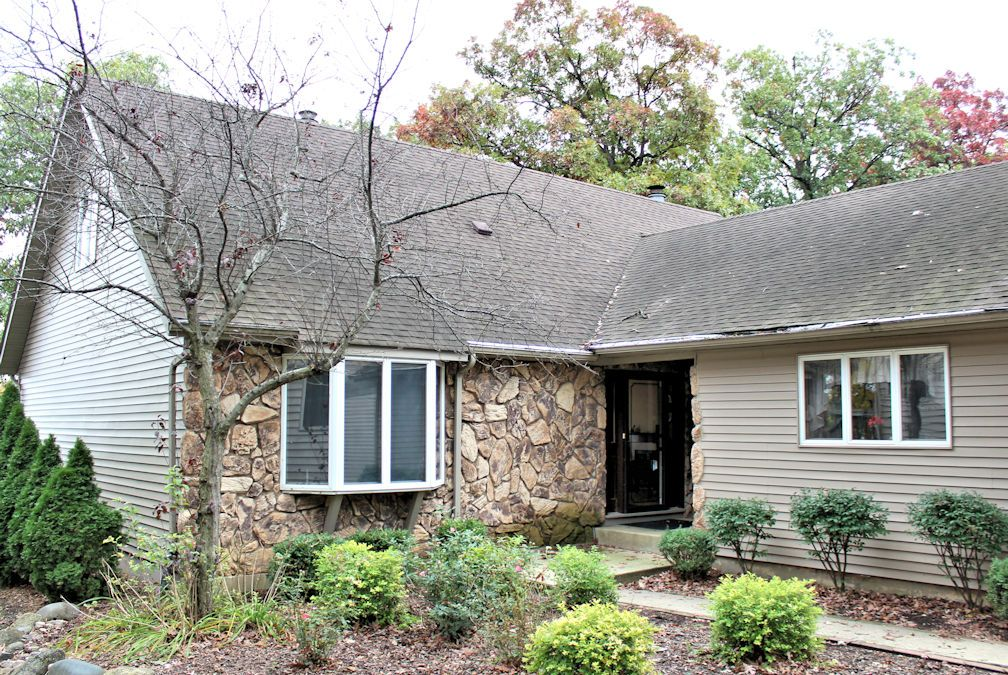 434 Holiday Dr., Sandwich