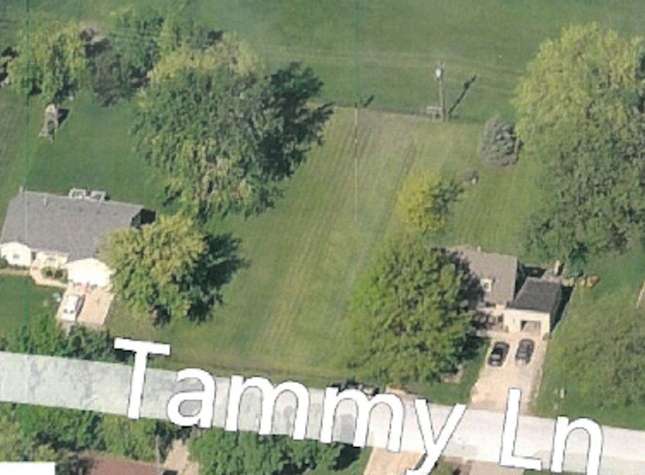 135 Tammy Ln., Lake Holiday