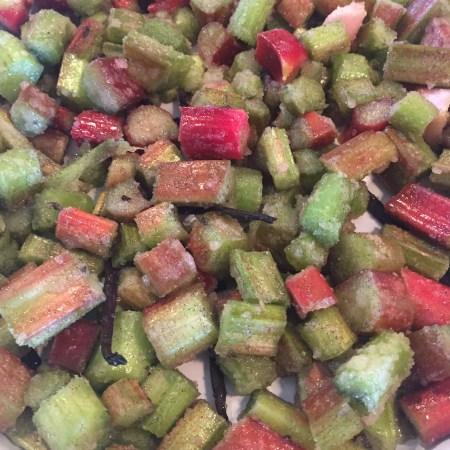Rabarber klar til ovnen