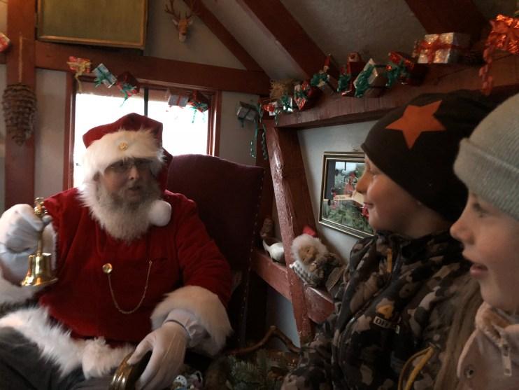 På besøg hos julemanden