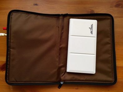 Lihit Teffa Ban in Bag unzipped with Grace Art Watercolor field box inside
