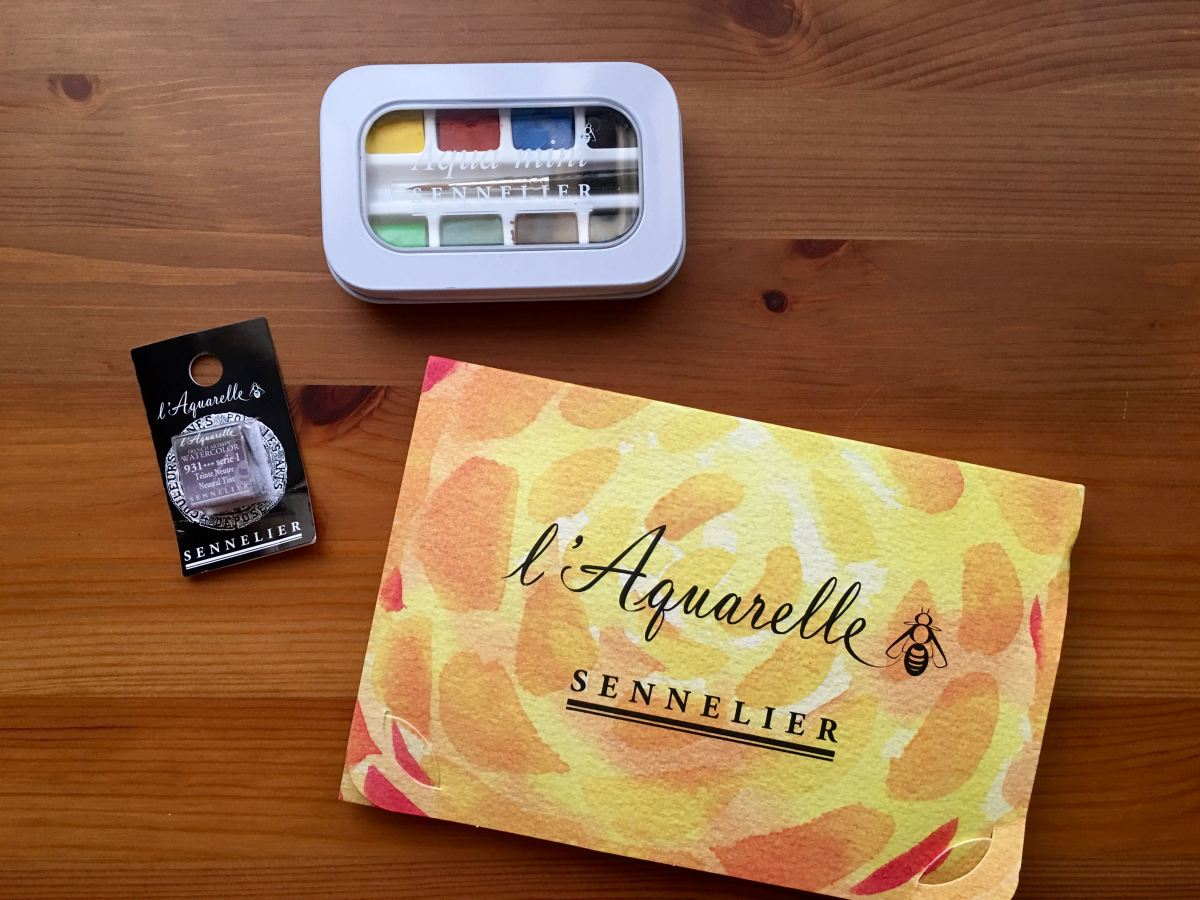 Sennelier aqua-mini watercolour with watercolor half pan and l'aquarelle sample tubes
