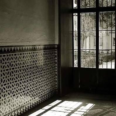 Sunlight In Seville